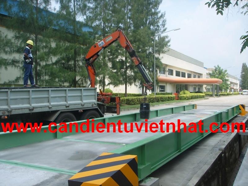 Cân xe tải 80 tấn 18m Đức, Can xe tai 80 tan 18m Duc, can-xe-tai-80tan-duc-rinstrum_1431374158.jpg